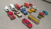 Hot wheels / Matchbox Loose Lot of 15 / figures, cars, fire trucks, space, jeep