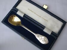 Elizabeth II Sterling silver Cased Sugar Spoon Silver Jubilee 1977.