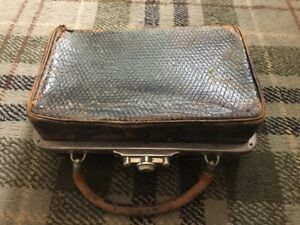 Stunning Antique Vanity Case With Lift Out Stand And Contents