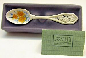 Avon Fine Collectibles -  American Favorites Spoon Collection - Daffodil (1988)