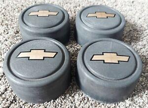 Set of 4 OEM GM 1989-2004 Chevy Geo Tracker 4x2 Wheel Center Hub Caps Hubcaps