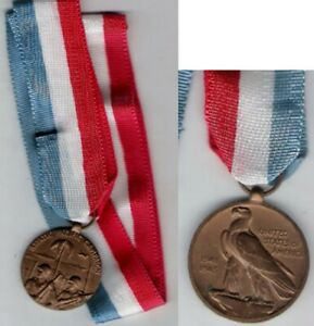 Philippines World War II WW 2 Medal Asiatic Pacific Campaign with Ribbon medal