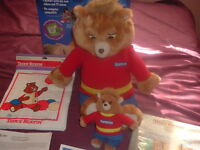 Vintage Teddy Ruxpin collectible with Book,Cassette,Beanie Baby,Outfit & Box!