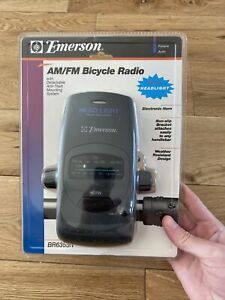Emerson AM/FM Bicycle Radio with Detachable Anti-Theft Mounting System + Horn