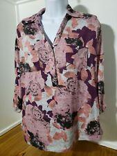 Laura scott Medium Floral  Button up Blouse