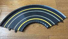 SCALEXTRIC / C8206 3 CURVES WITH INNER & OUTER BORDERS  & INNER & OUTER BARRIERS