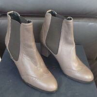 Alberto Zago Vitello Taupe Leather Ankle Boots - size 36 / uk 3.5 - new in box