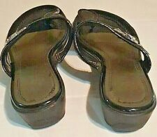 Unisa Womens Sandal 7.5 Black Patent Small Wedge With Silver Medallion Buckle