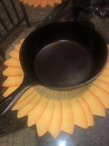"Lodge 3 Notch  Chicken Fryer  Cast Iron  Deep Skillet / #8 / 10-1/2"", seasoned"