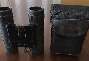 Simmons 12X25 Binoculars