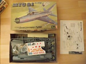 Vintage Revell 1/32 Scale MiG 21 PF/PFM Intercept Fighter Kit In Box Date 1974