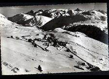 ALPE-D'HUEZ (38) HOTELS & CHALETS en vue aérienne en 1956