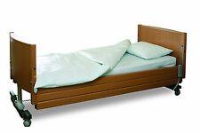 ComfortCare Community, Waterproof Duvet Protector Double bed.