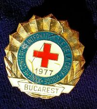 RARE BUCAREST Internationale Red Cross CONVENTION  Pin 1977 Dela Croix Rouge