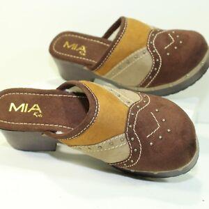MIA Kids Clogs Sherpa Lined Size 3 Sole Brown Tan Mules Decorative Rivet