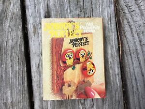 Wooden Key Hanger Holder Wall 3 Owls In A Tree Wood 2 Hooks So cute And Comical