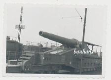 Foto schweres Eisenbahngeschütz im Bahnhof von Warschau  2.WK (K417)