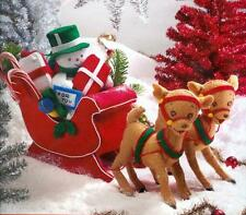 Bucilla WINTER WONDERLAND SLEIGH Felt CENTERPIECE KIT - Snowman & Gifts - NEW