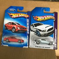 Hot Wheels  Lot 2x 2010 Ford Mustang GT/10 Ford Shelby GT500 Supersnake X12