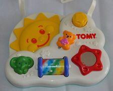 VINTAGE 1992 TOMY Baby giocattolo culla attività SPECCHIO, sole, Manopole, bottoni, spingere, gioco
