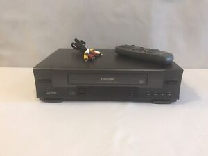 Toshiba VCR W-512 VHS Player 4 Head Hi-Fi Stereo Video Recorder W/ Remote Tested