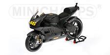Minichamps 122 110876 Ducati Desmo GP11 Bicicleta de prueba de Valencia v Rossi 2010 1:12th