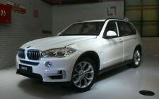 Artículos de automodelismo y aeromodelismo WELLY color principal blanco BMW