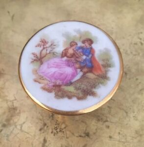 MINIATURE PETITE LIMOGES PORCELAIN TABLE  LOVELY FOR A MINIATURE HOUSE FURNITURE