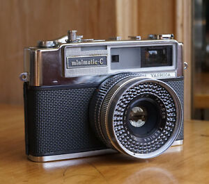 Yashica Minimatic-C w/ Yashinon 45mm f2.8 Lens Excellent Condition