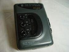 Vintage Lenoxx Sound AM/FM Cassette Player Model #929 (Walkman style belt clip)