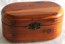 VINTAGE ANTIQUE OVAL HAND CARVED WOOD SEWING JEWELRY UNIQUE FINGER JOINT BOX