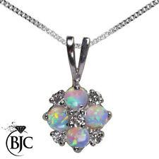 Round White Gold Diamond Fine Necklaces & Pendants