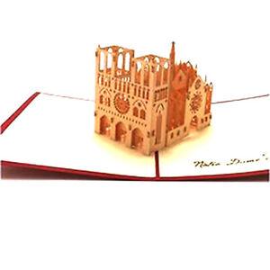 CARTE NOTRE DAME DE PARIS POP-UP KIRIGAMI 3D 180° 11x17cm ROUGE/ECRU + ENVELOPPE