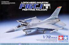 Tamiya 60786 1/72 Aircraft Kit Lockheed Martin F-16 CJ Block 50 Fighting Falcon