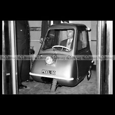 #pha.011134 photo peel p 50 (p50) 1960's microcar opalin car auto