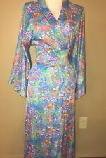 Vintage Loungewear by Gossard 1960s 1970s Floral print Wrap house dress