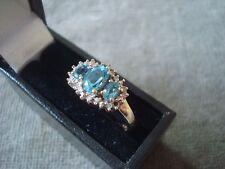 LADIES 9CT .375 YELLOW GOLD DIAMOND / BLUE TOPAZ  2.2g SIZE M BOXED REF 2625