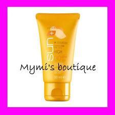 Crème solaire minérale visage matifiante Avon pour peaux délicates SPF30 neuve