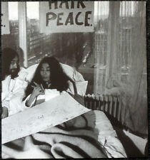 THE BEATLES POSTER PAGE . 1969 JOHN LENNON YOKO ONO AMSTERDAM HILTON BED-IN .32L