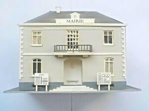 Décor Maquette Jouef La Mairie Avec Multiples Fenêtres Bâtiment Gris Réf 1010