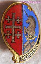 IN13087 - INSIGNE 1° Régiment de Hussards Parachutistes, BERCHENY, émail