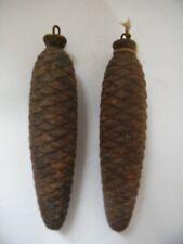 2 anciens gros poids de COUCOU horloge fonte 1,25 Kg chaque forme pomme de pin