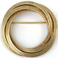 VINTAGE CIRCLE PIN BROOCH GOLD TONE METAL ETCHED ACCENTS COSTUME JEWELRY