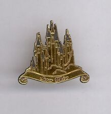 Disney Store Fairy Tale Storybook Snow White and the Seven Dwarfs Castle Le Pin
