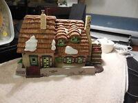 Dickens' Village  Dept 56     Christmas Carol Cottage