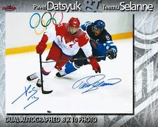 PAVEL DATSYUK & TEEMU SELANNE Dual Signed 8x10 Photo - 70293