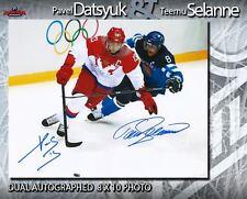PAVEL DATSYUK & TEEMU SELANNE Dual Signed 8x10 Photo - 70293