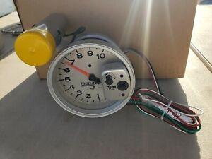 """Autometer 233911 Autogage Shift-Lite Tachometer 5"""" 10K Rpm Silver"""