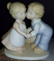 Vintage FIRST KISS Figurine Homco Circle of Friends by Masterpiece