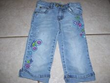 Girls denim capri shorts by Toughskins in size 5, embroidered butterflies, cute.